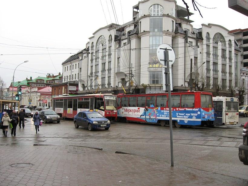 Трафик. Фото Анатолия Маринина
