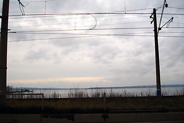 Куда заканчивается Кама или Пермский Энергетический Шлюз (полный отчет). Плотина. Вид на север